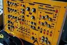 Hardware Synthesizers