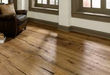 Antique and Rustic Style Wood Flooring / Hard wood flooring options for people looking to create a rustic wood floor similar to Antique, reclaimed wood flooring.