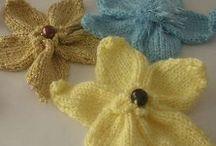 pletené květina