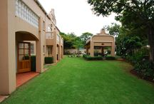 The Elegant Lodge / The Elegant Lodge is a 4-star destination in Tshwane (Gauteng) with 26 tastefully decorated en suite rooms.
