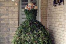 The dusty victorian christmas tree dressxmas