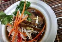 RAMEN NOODLE BOWLS Rock in School Meals / Student love to customize their meals and with a Ramen Noodle bar it is easy to create a reimbursable meal in a bowl.
