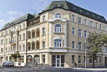 VILLA KWIATOWA, BYDGOSZCZ / Villa Kwiatowa w Bydgoszczy to narożna #kamienica powstała w latach 1897-1899. Została zaprojektowana przez Fritza Weidnera w stylu eklektycznym, z wykorzystaniem form neobarokowych i secesyjnych.