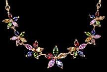 Ladies Necklaces / Ladies Necklaces