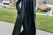 Long coats / Este año, el largo importa: Los abrigos, si largos, 2 veces buenos http://chezagnes.blogspot.com.es/2016/12/abrigos-xxlargos.html #FloorDuster #Coat #Abrigo #Fashion #Moda #streetstyle