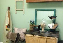 Vintage Laundry Room / by Leslie Spano