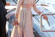 Mozah Bint Nasser Al Missned Style