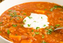Slimming World Soup Recipes | Slimming Eats / A collection of all my delicious Slimming World Soup recipes which include syn value, calories, Weight Watchers smart points etc