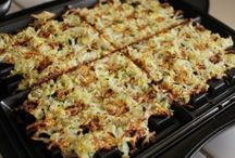 Squash/ zucchini recipes / by Alicia Kettering-Lindner