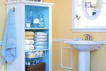Bathrooms Ideas / Making use of every inch of space is essential in a small bathroom. Even large space bathroom need to maintained properly. The different compartments store a variety of bathroom items while maintaining an organized look.