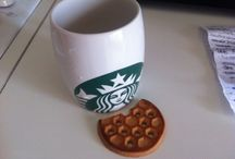 Fashion break / Fashion break with cup of sturbucks of atene, greek city and healthy biscuit :)