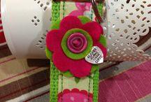 Keychain / Personalized keychain with felt flower