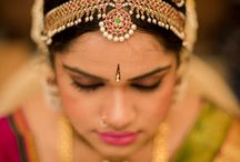 Nethi Chutti - The Beautiful Acessory / Nethi Chutti are a very typically South Asian accessory, worn by women on their wedding day. Ancinent Hindu culture describes that the maang tikka is not just an adornment.