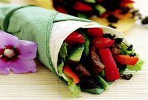 Yemeğin keyfine varın! / Mutfak deneyimlerini marifetiyle birleştirip, ortaya tadına doyulmaz lezzetler çıkan,farklı mönüler oluşturabileceğniz tarifler...