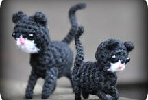 virkade och stickade katter