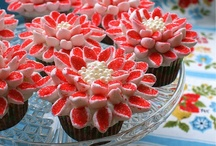 Cupcakes...like big cakes only smaller / by Cindy Robertson