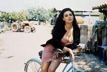 celebrity +bicycle / Kdo vše jezdí na kole?