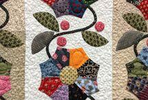 Applique Quilts and Blocks / Applique Quilts / by Audrey Gotsch