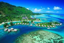 Best Islands Of The World / Bucket list of the best islands of the world for planning the perfect getaway. Private islands, Caribbean islands, Hawaiian islands, volcanic islands, Galápagos islands, Atlantic islands, Pacific islands, Mediterranean islands and every single paradise that floats on water.