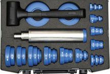 NTN-SNR maintenance tools / This catalogue contains the range of NTN-SNR maintenance tools that we offer to our customers as fully authorized suppliers. For further information about NTN-SNR maintenance products contact us at g.kvatchadze@grupamarat.pl; Call us at: +48324328783; or SKYPE with us at: grupa.marat