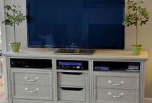 Upcycled Furniture Ideas / by Adele Orellana