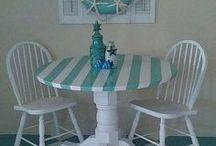 tavolo a strisce bello