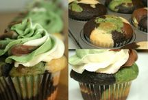 Cupcakes & Muffins / by Jessika Lewis-Padron