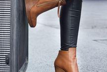 £ Footwear £