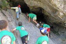 Excursión a Valdepiélago y Montuerto, León Campamentos de inglés GMR / Refrescarse, jugar y disfrutar de la naturaleza. Los profesores nativos junto con los campers pasan un maravilloso día de excursión en esta zona cercana al camp.