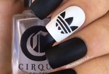 Nail Designs/Colors