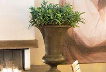 AMPHORA / The ideal vessels for classical plantings and floristic arrangements. ▪ Die idealen Gefäße für klassische Begrünungen und floristische Arrangements.
