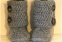 Knitting project ideas / Baby uggs