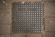 Putdeksels / Putdeksels / manhole covers. www.mm-foto.nl/putdeksel s/
