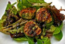 Seafood Recipes / by Meme Sufleta-Bubnick