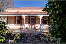 Building - Cottage Reno