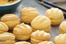 Custart Cookies