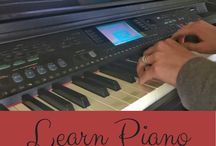 Learn Piano Online / Resources for learning the piano online, save money by learning piano from home, practice piano with these online tools.