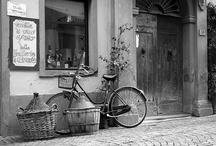 Cycling in ITALY / The nicest roads, cities and landscapes to visit on a bicycle, discovering the italian culture, food and way of life. Le più belle strade, città e paesaggi da visitare in bicicletta, alla scoperta della cultura, del cibo e del modo di vivere italiani.