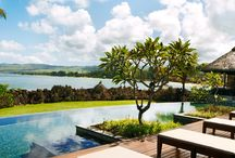 Suites & Villas / The suites and villas at Shanti Maurice are all ocean-facing and are among the most generously proportioned in Mauritius. The villas all have private pools and are surrounded by exotic private gardens, terraces and courtyards.
