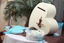 Décoration pour mariage / Accessoire de décoration pour mariage urne, livre d' or, chemin de table.