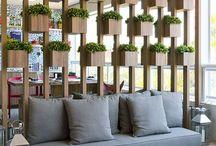 """Paineis - IDÉIAS! / DIVIDIR SEM EXCLUIR. Cada vez mais as residências novas estão diminuindo de tamanho e para tirar a sensação """"salão"""" de um ambiente, as divisórias vazadas são perfeitas."""