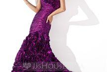 Fashion / Just different fashion that I like  / by Doris Laughlin