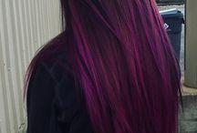 vlasy fialová/červená