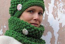 Kvetinka is knitting