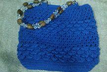 Bolso de crochet azul electrico