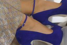 Sapatos, botas e sapatilhas*-*