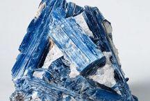 Crystals-KRISTÁLYOK / by Éva Nagyné Hajdu