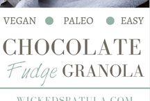 Paleo Snacks / by Danielle Spoletini