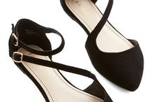 Formal outfits with flat shoes