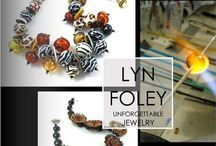 Meet Your Artist - Art Jewelry / Exclusive look at the creative lampworking process behind Lyn Foley glass jewelry. Inspiration for future beads